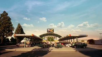 Sonic Drive-In Signature Drinks TV Spot, 'Sommelier: Iced Coffee Twists' - Thumbnail 1
