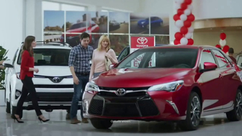 Toyota 1 For Everyone Sales Event TV Spot, '2017 Camry or Camry SE' - Thumbnail 1