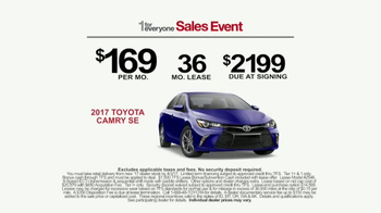 Toyota 1 For Everyone Sales Event TV Spot, '2017 Camry or Camry SE' - Thumbnail 9