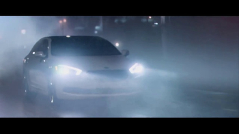 2017 Kia K900 TV Spot, 'Rain' Featuring LeBron James - Thumbnail 5