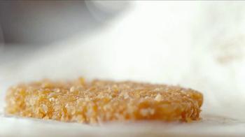 Taco Bell Breakfast Crunchwrap TV Spot, 'Motherhood' - Thumbnail 9