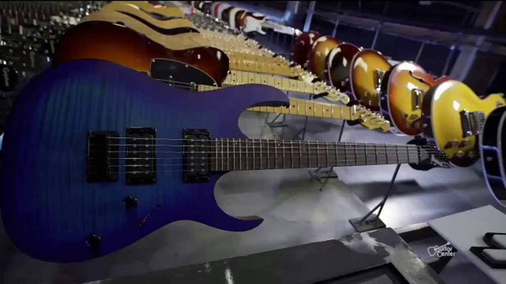 guitar center guitar a thon tv commercial 39 anywhere you want to go 39. Black Bedroom Furniture Sets. Home Design Ideas