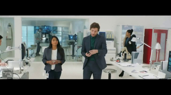 Verizon Unlimited TV Spot, 'Galaxy S8 Reasons' Featuring Thomas Middleditch - Thumbnail 1