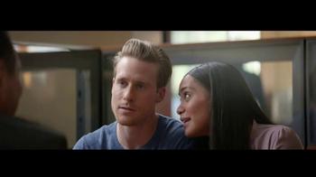 Wells Fargo TV Spot, 'Mr. Robinson' [Spanish] - Thumbnail 6