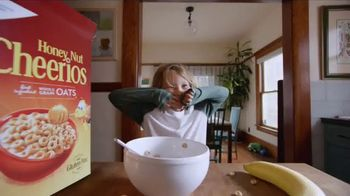 Honey Nut Cheerios TV Spot, \'Good Goes Round: Playing Around\'