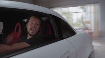 AT&T Unlimited Plus TV Spot, 'All Our Rooms' Featuring Mark Wahlberg - Thumbnail 5