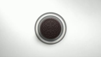 Oreo Thins TV Spot, 'Hypnotize' Song by Notorious B.I.G. - Thumbnail 1