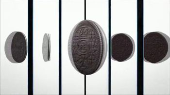 Oreo Thins TV Spot, 'Hypnotize' Song by Notorious B.I.G. - Thumbnail 6
