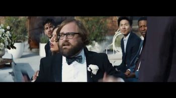 Verizon TV Spot, 'Live Wedding: Four Lines' Featuring Thomas Middleditch - Thumbnail 4