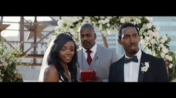 Verizon TV Spot, 'Live Wedding: Four Lines' Featuring Thomas Middleditch