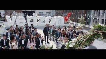 Verizon TV Spot, 'Live Wedding: Four Lines' Featuring Thomas Middleditch - Thumbnail 8