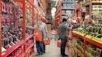 The Home Depot Father's Day Savings TV Spot, 'Juguetería' [Spanish] - Thumbnail 1