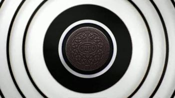 Oreo Thins TV Spot, 'Hypnotiza' canción de The Notorious B.I.G. [Spanish]