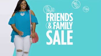 JCPenney Friends & Family Sale TV Spot, 'Now Trending' Song by MUNNYCAT