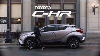 2018 Toyota C-HR TV Spot, 'Gingerbread Man' Song by American Gentlemen - Thumbnail 10