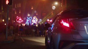 2018 Toyota C-HR TV Spot, 'Gingerbread Man' Song by American Gentlemen - Thumbnail 6