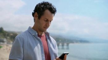 Straight Talk Wireless TV Spot, 'Don't Give Up, Bring Your Own Smartphone'