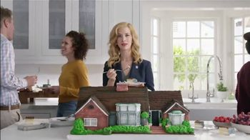 National Association of Realtors TV Spot, 'Housewarming Party Cake' - 67 commercial airings