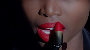 L'Oreal Paris Matte Addiction TV Spot, 'Lush Comfort'