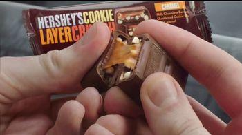 Hershey's Cookie Layer Crunch TV Spot, 'Un clásico con un twist' [Spanish] - Thumbnail 5