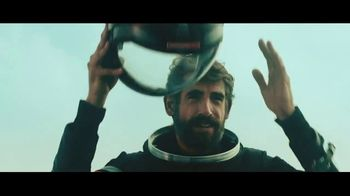 Dos Equis TV Spot, 'Addressing the Elephant in the Room'