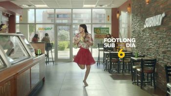 Subway $6 Footlong Sub del Dia TV Spot, 'Festejar' [Spanish]