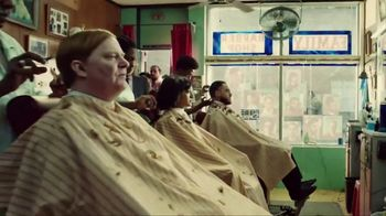 Apple iPhone 7 Plus TV Spot, 'Barbers' Song by William Onyeabor - Thumbnail 7