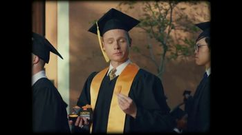 Taco Bell Naked Chicken Chips TV Spot, 'Graduation Day' - Thumbnail 3