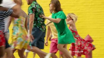 Old Navy TV Spot, 'Spice Up Your Summer' Song by Sofi Tukker - Thumbnail 6