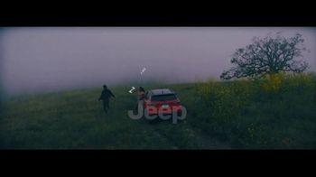 2017 Jeep Compass TV Spot, 'Missed Flight' - Thumbnail 10
