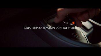 2017 Jeep Compass TV Spot, 'Missed Flight' - Thumbnail 6