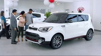Kia Summer's On Us Sales Event TV Spot, 'No Payments for Five Months' - Thumbnail 6