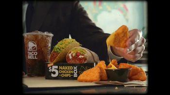 Taco Bell $5 Naked Chicken Chips Box TV Spot, 'Beware' - Thumbnail 3