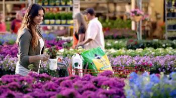 The Home Depot Memorial Day Savings TV Spot, 'Mulch'