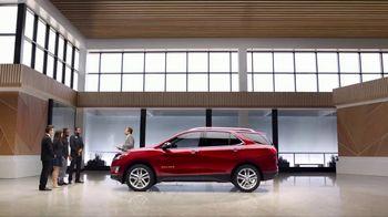 2018 Chevrolet Equinox LT TV Spot, 'Everybody, Everywhere' - Thumbnail 1