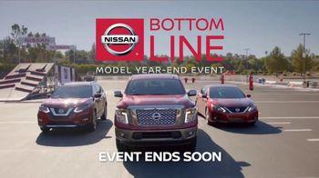 Nissan Bottom Line Model Year-End Event TV Spot, 'Heisman Trophy' - Thumbnail 7