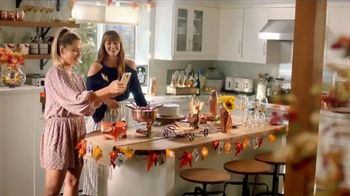 Pier 1 Imports TV Spot, 'Getting Social'