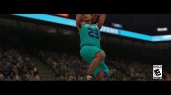 NBA 2K18 TV Spot, 'Handshake' Ft. Paul George, Isaiah Thomas, Kyrie Irving - Thumbnail 10