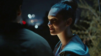 Taco Bell Loaded Taco Burrito TV Spot, 'Get Together' - Thumbnail 4