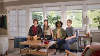 Pizza Hut $7.99 2-Topping Pizza TV Spot, 'Delivery Tracker'