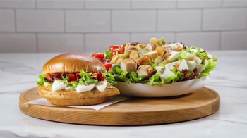 Wendy's Fresh Mozzarella Chicken Sandwich and Salad TV Spot, 'Taste Fresh' - Thumbnail 9