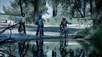 2017 Volkswagen Alltrack TV Spot, 'That Feeling: Sister' Song by Grouplove