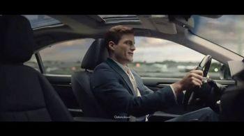 2017 Lexus ES 350 TV Spot, 'Daily Retreat: July Offer'
