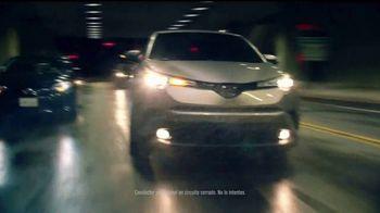2018 Toyota C-HR TV Spot, 'Rapunzel: misión' [Spanish] - Thumbnail 4