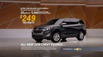 2018 Chevrolet Equinox LT TV Spot, 'Everybody, Everywhere' - Thumbnail 9