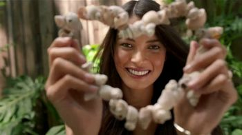 Garnier Whole Blends TV Spot, 'Descubre el Smoothing Oil' [Spanish] - Thumbnail 4
