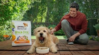 Purina Beneful Grain Free TV Spot, 'Súper alimentos' [Spanish] - Thumbnail 2