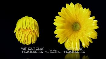 Olay Ultra Moisture Body Wash TV Spot, 'Elevate Moisture, Enhance Skin'