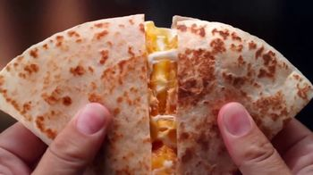 Taco Bell Crispy Chicken Quesadilla Box TV Spot, 'A More Perfect Union'
