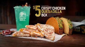 Taco Bell Crispy Chicken Quesadilla Box TV Spot, 'A More Perfect Union' - Thumbnail 9